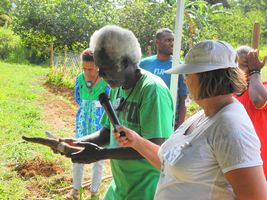 Parmi les intervenants étrangers, Shane Tutua (au micro sur la photo de gauche et Moses Pelomo (ci-dessus), de Kastom Gaden,la plus grande association de producteurs traditionnels des îles Salomon.